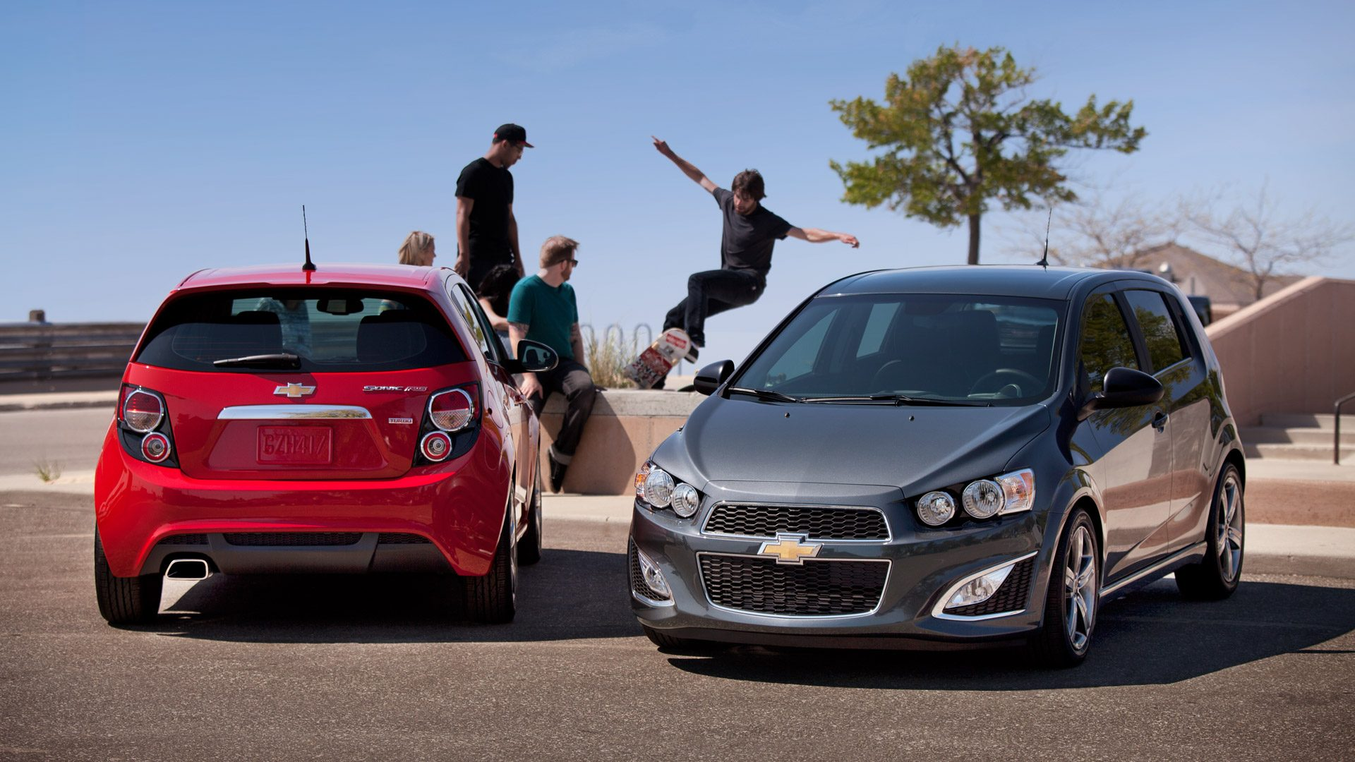 Top 5 reasons That the Chevrolet Sonic is the perfect summer hatchback